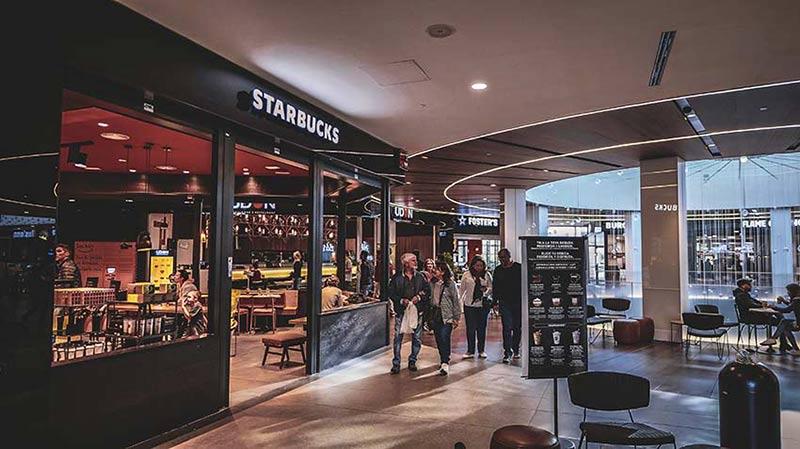 starbucks centre commercial diagonal mar